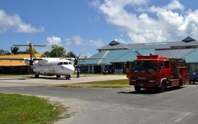Air Pacific ATR42 at Funafuti International Airport